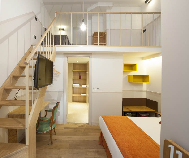 Casa bella gr cia eco friendly boutique hotel b ing b guided barcelona - Casa bella gracia ...